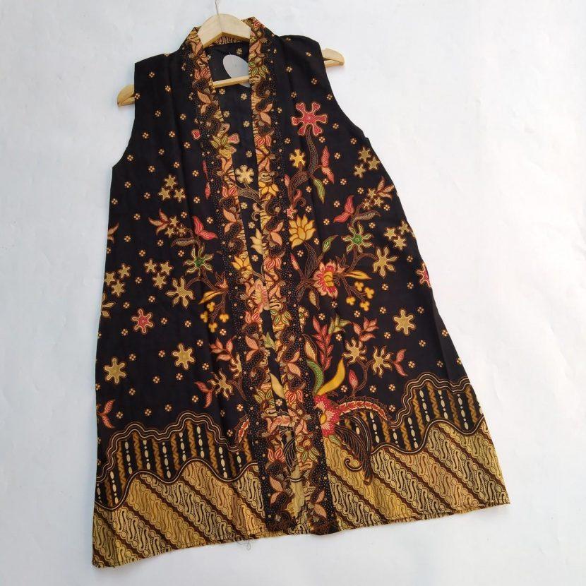 Blazer Batik Tanpa Lengan