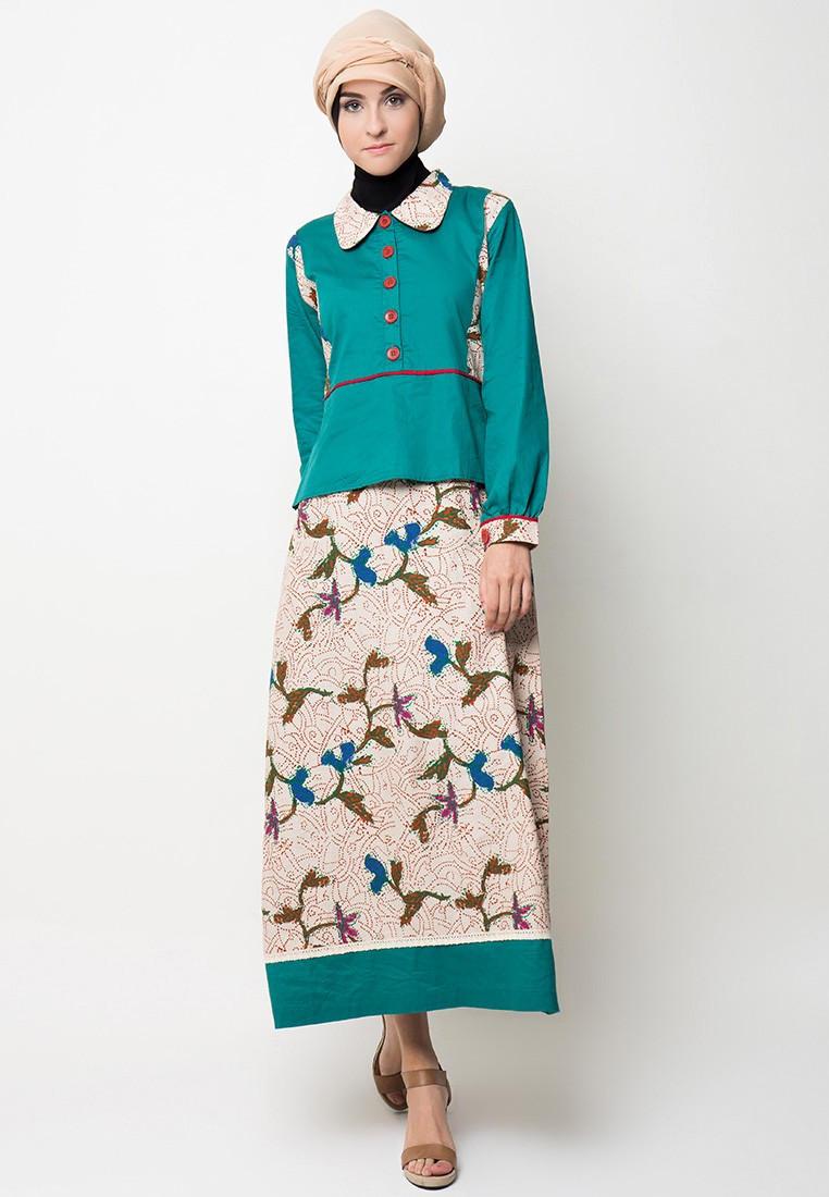 Model Gamis Batik Kombinasi Satin