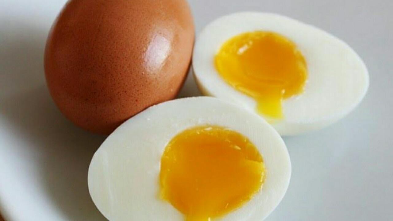 Cara membuat telur rebus setengah matang